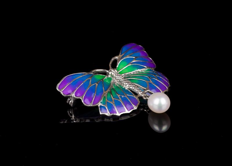 Брошь жемчужная Бабочка с эмалью