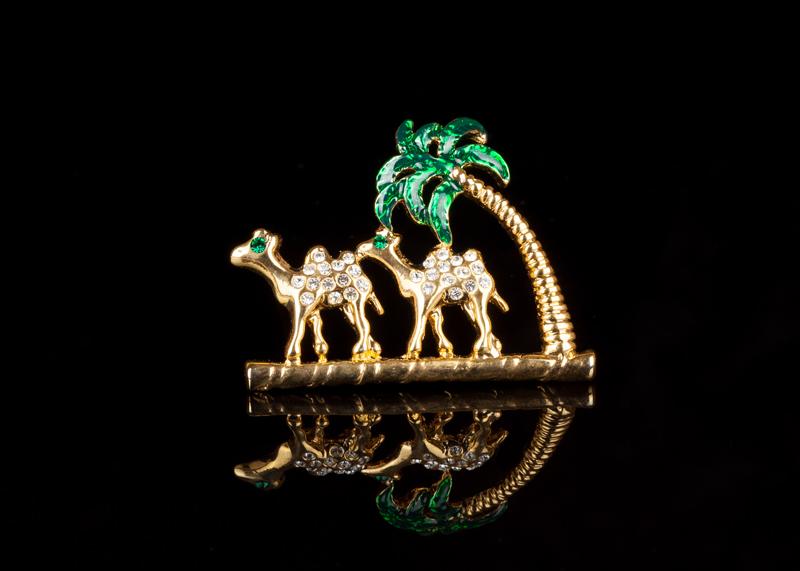 Брошь Верблюды Сахара винтажная