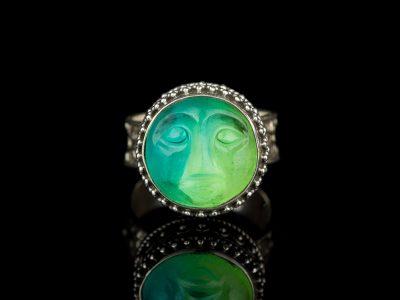 Кольцо с турмалином лицо луна камея серебро