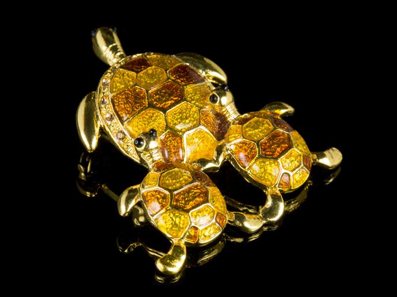 Брошка с черепахой эмаль винтаж США