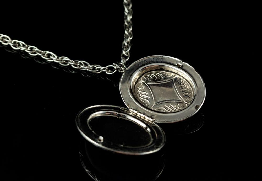 Винтажный медальон Делфт