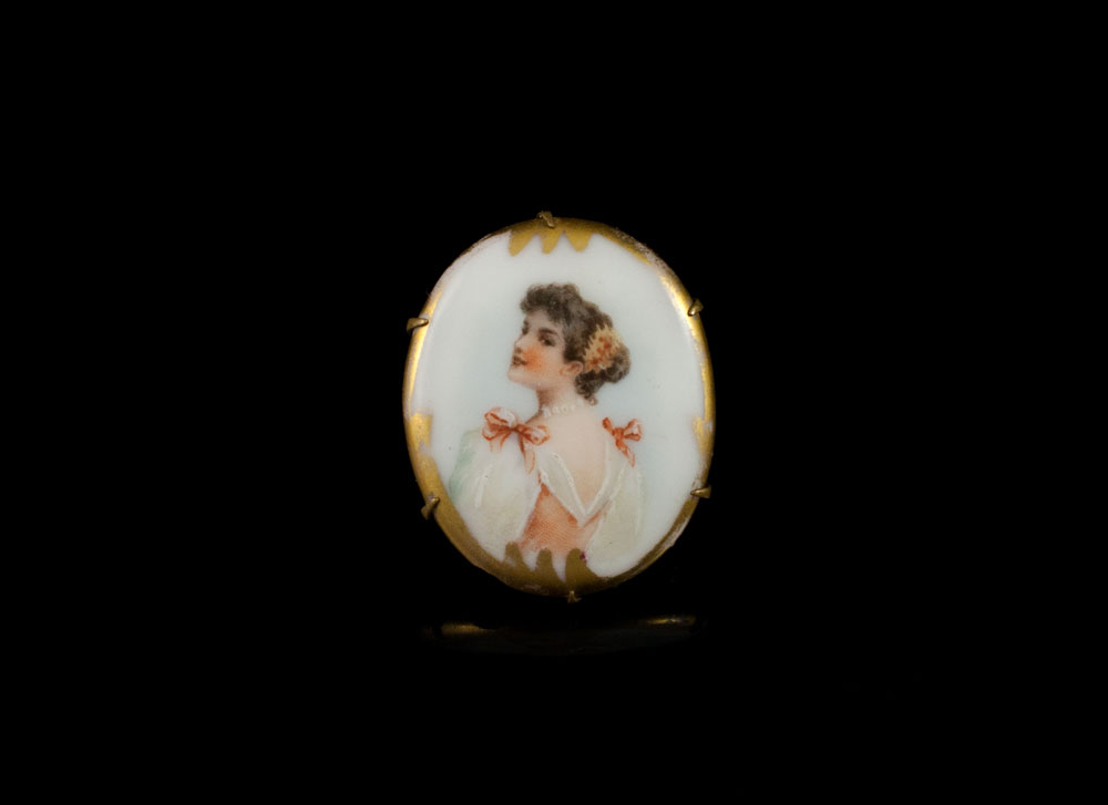 Антикварная французская брошь из Limoges