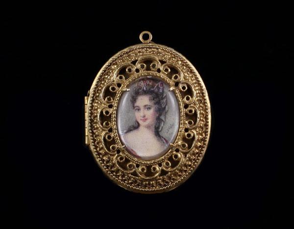 Портрет в медальоне в золоте - Florenza