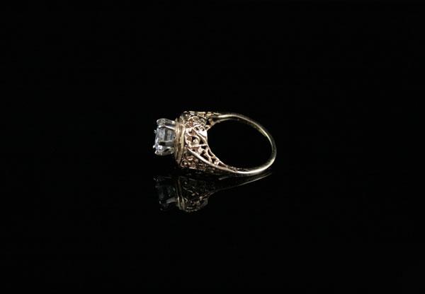 Старинный золотой перстень корона