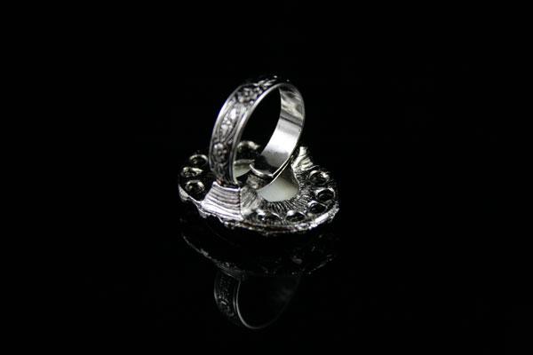 Винтажное безразмерное кольцо-камея
