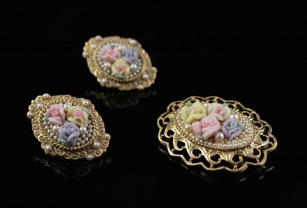 Викторианская брошь и серьги Порцеляновые розочки