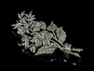 Старинная английская брошь из капельного серебра