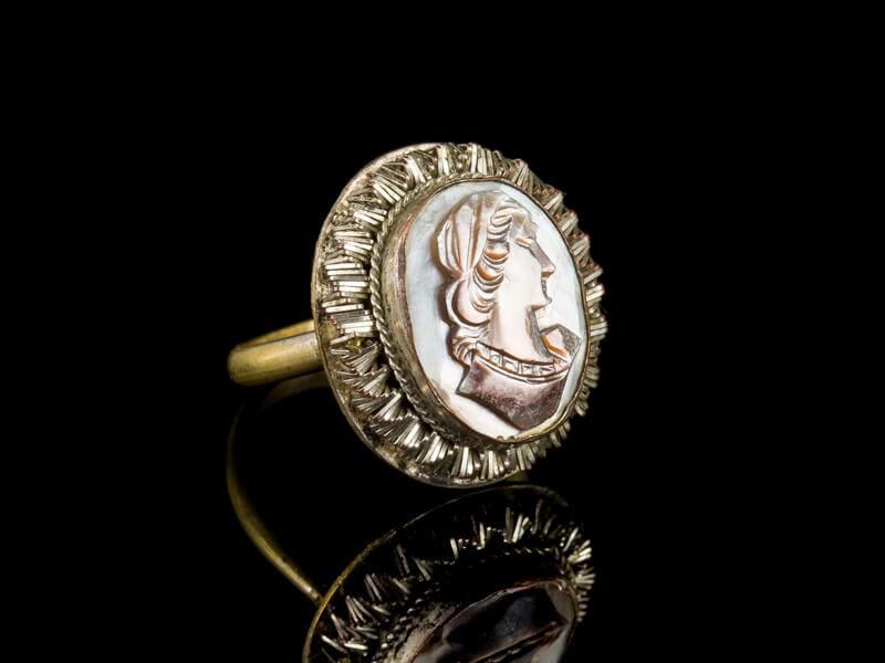 Перстень с камеей антикварный старинный раковина купить