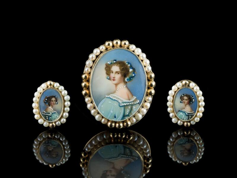 Антикварные украшения ювелирные изделия Галерея красавиц