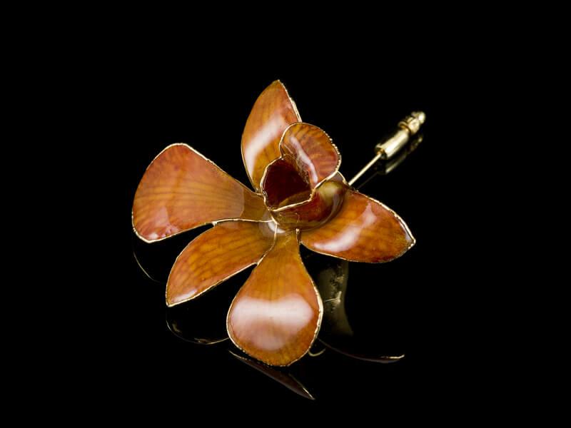 Орхидея брошь из натурального цветка
